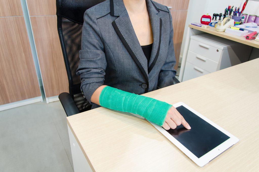 La Mejor Asesoría Legal de Abogados de Accidentes de Trabajo, Demanda de Derechos y Beneficios Cercas de Mí en Los Angeles California